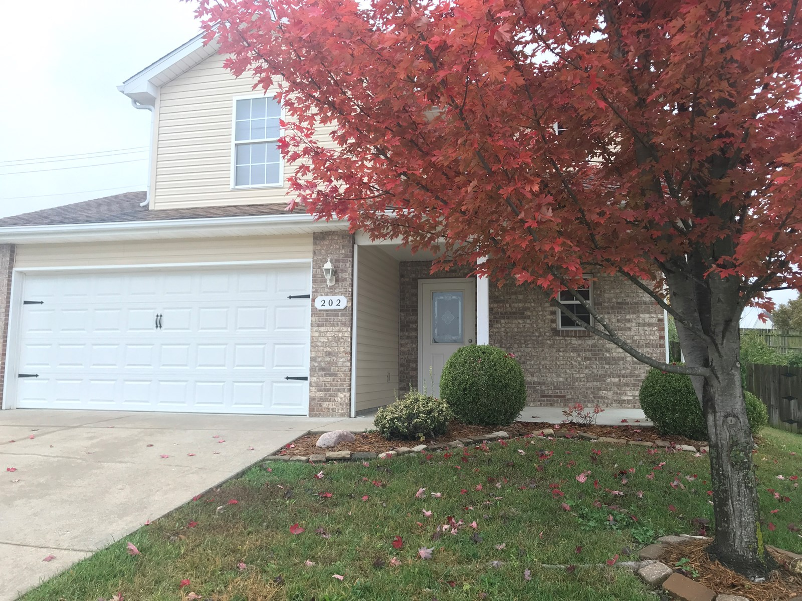 3 BR, 2 BA Home with 2 Car Garage in Columbia, MO