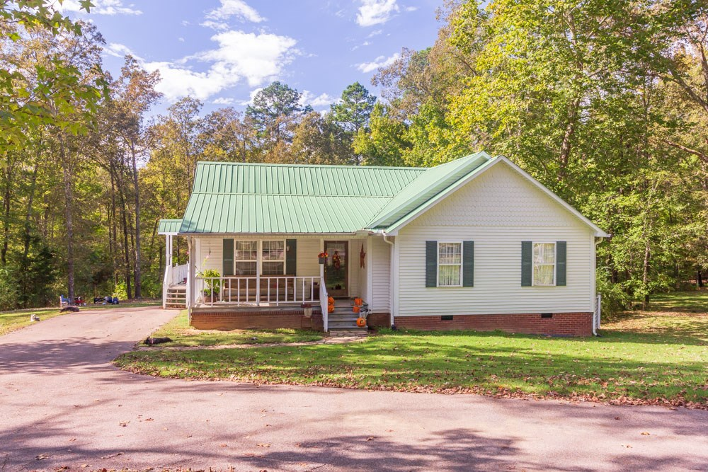 Farmhouse Charmer for Sale in Selmer, TN