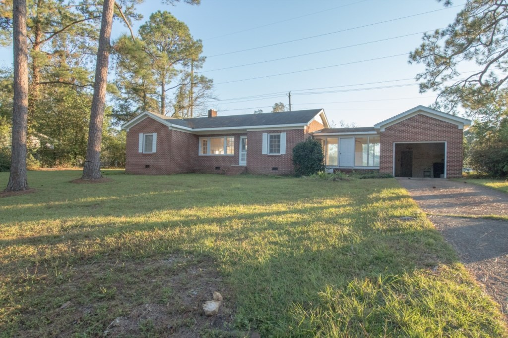3B/1B BRICK HOME ON CAMELLIA AVE FOR SALE GENEVA, ALABAMA