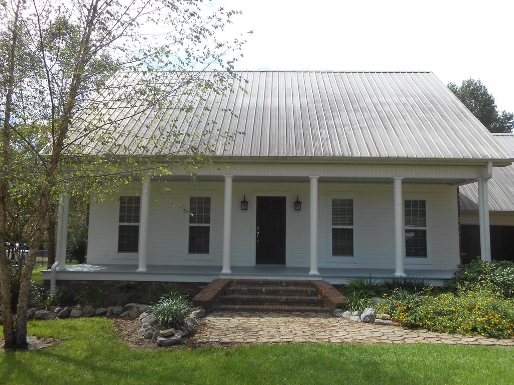 Home For Sale on 4.51 Acres Franklin County Mississippi