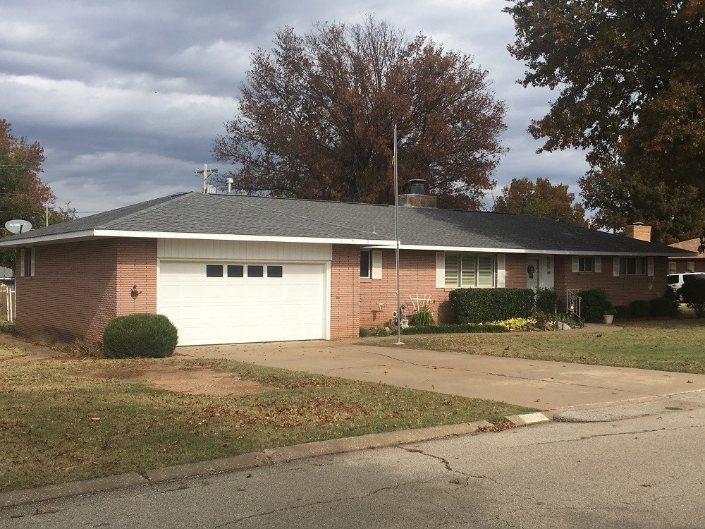 Home on Quiet Street in Perry, Oklahoma For Sale