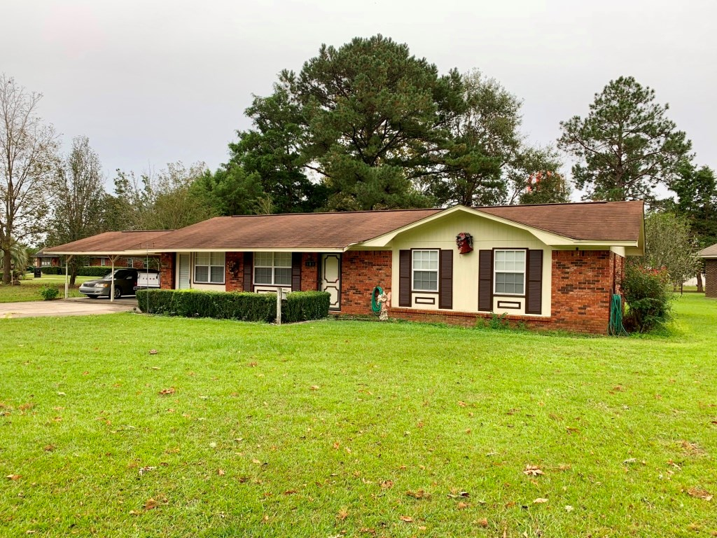 BRICK HOME 3B/1B FOR SALE GENEVA, ALABAMA