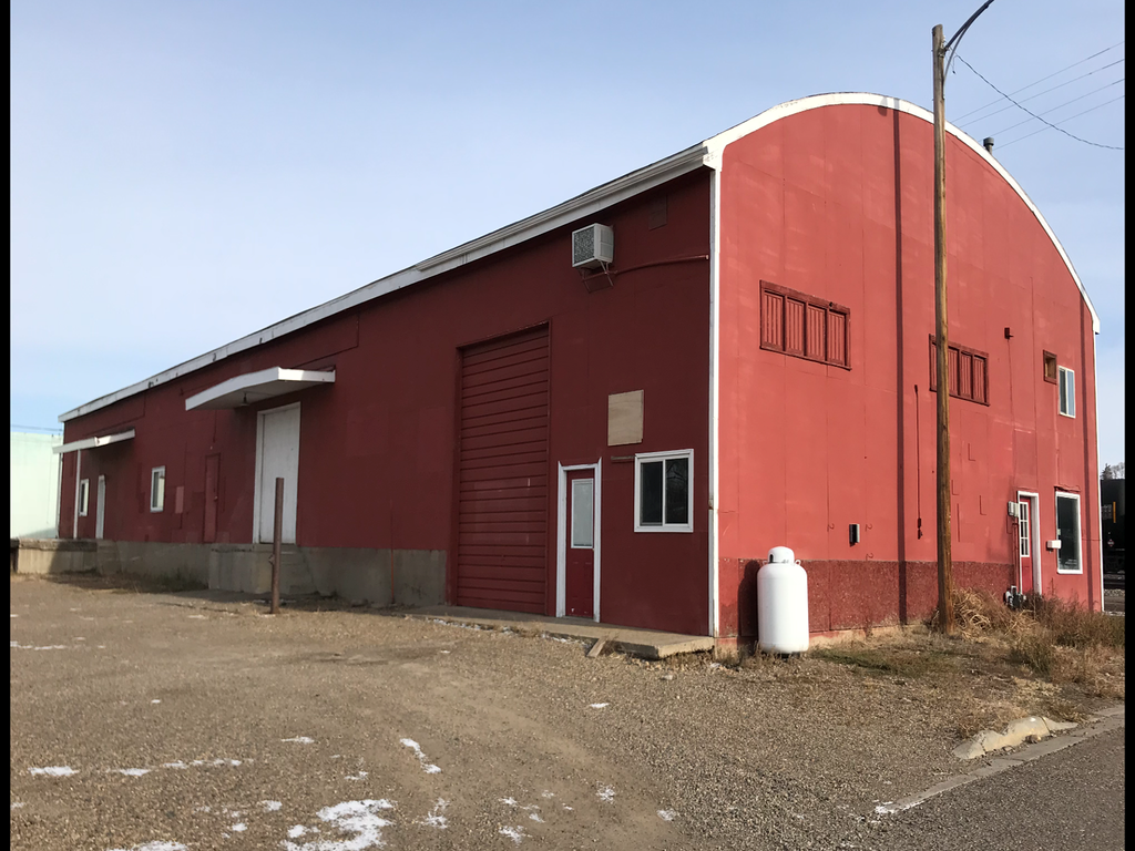 Warehouse w/ Storefront For Sale or Lease in Glendive, MT