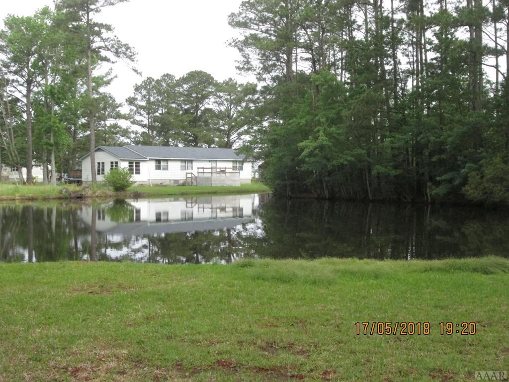 FISHING RETREAT PROPERTY IN COLUMBIA, NC