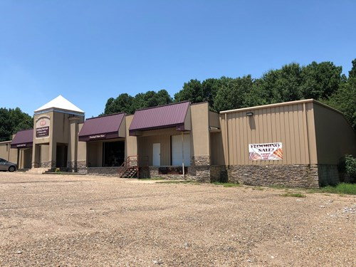 Commercial Building/Warehouse/DeGray Lake