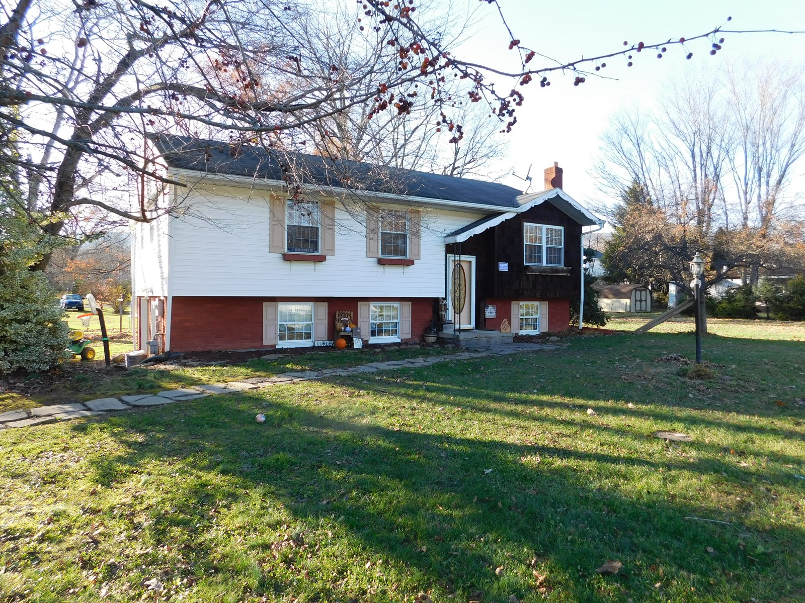 Cresaptown MD Split Foyer Home For Sale