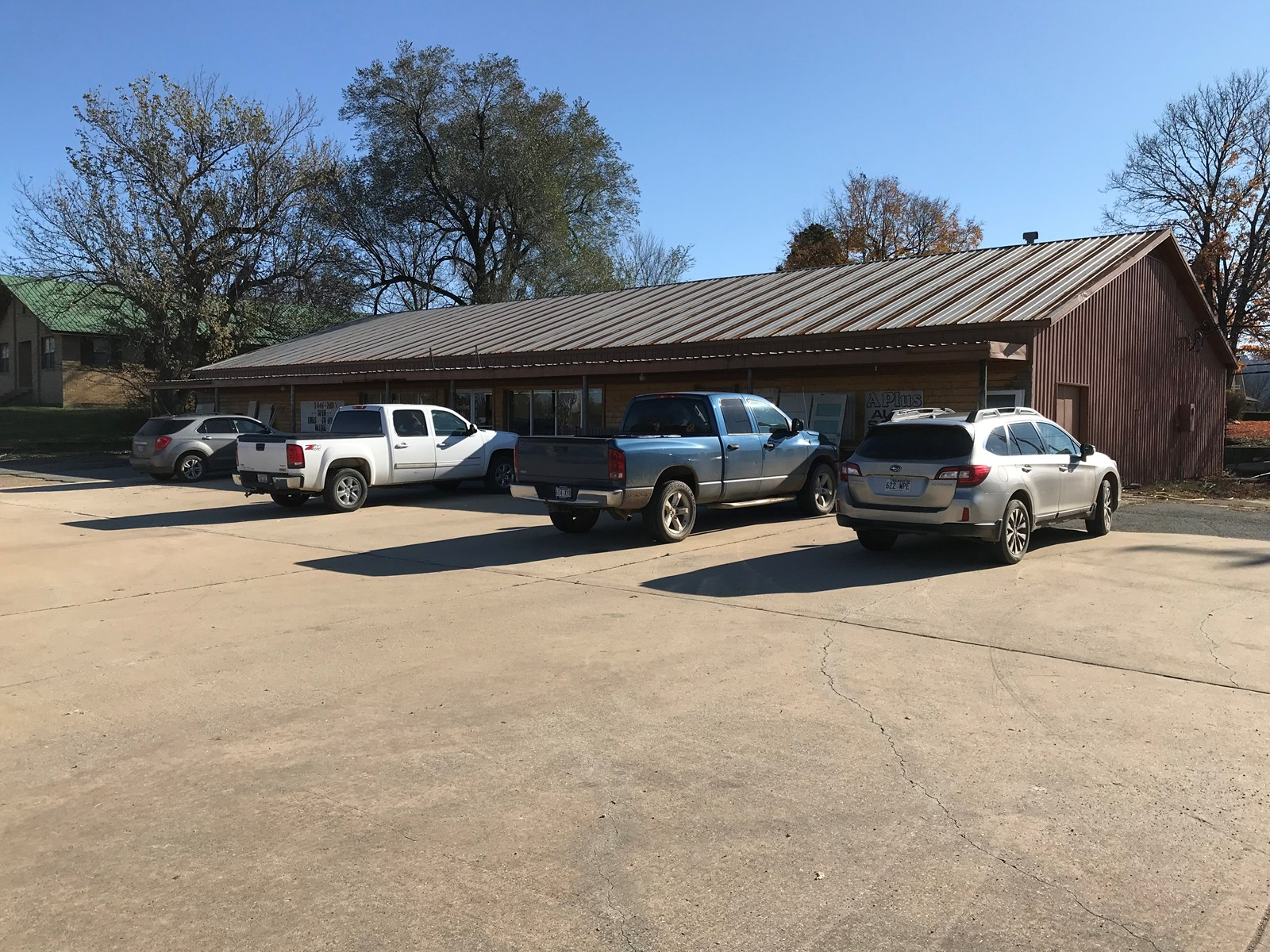 Commercial Building For Sale on Hwy 65 S Marshall, AR