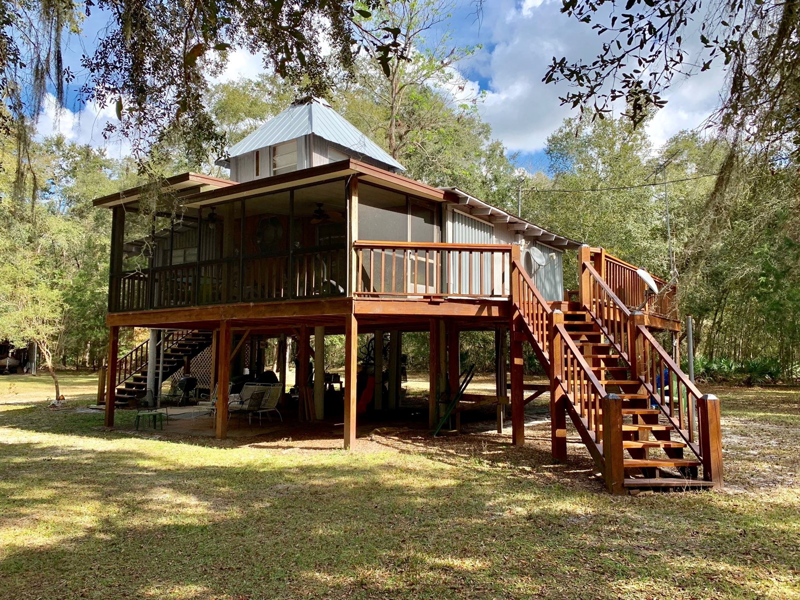 SUWANNEE RIVER WATERFRONT HOME - BELL, GILCHRIST FLORIDA
