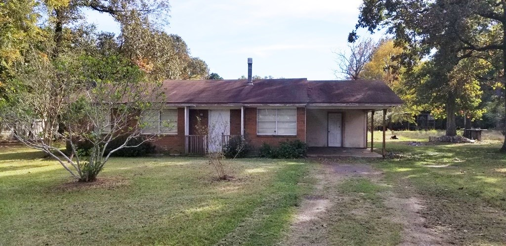 Country Home in Collinston LA For Sale