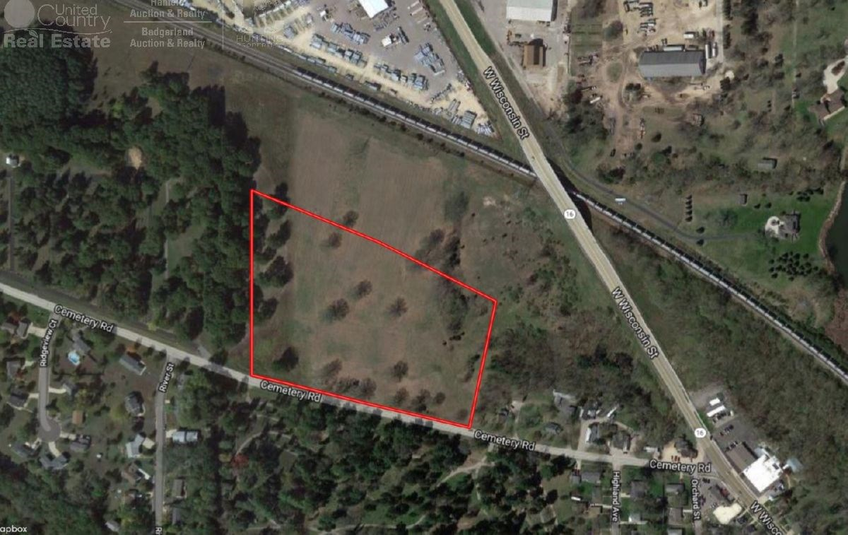 12+ Acre Parcel on the West Side of Portage WI