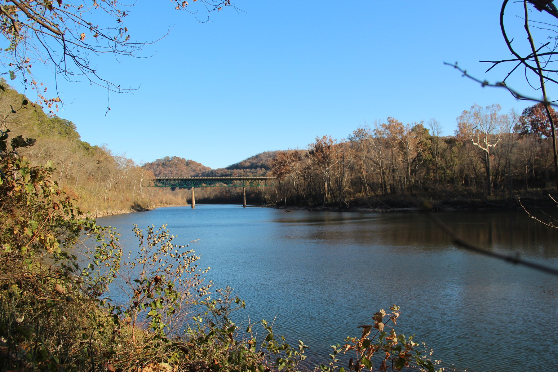 WHITE RIVER FRONT PROPERTY FOR SALE IN ARKANSAS
