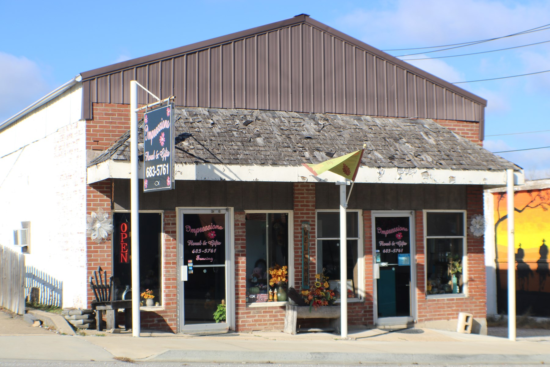 Business for sale in Ava, Mo.