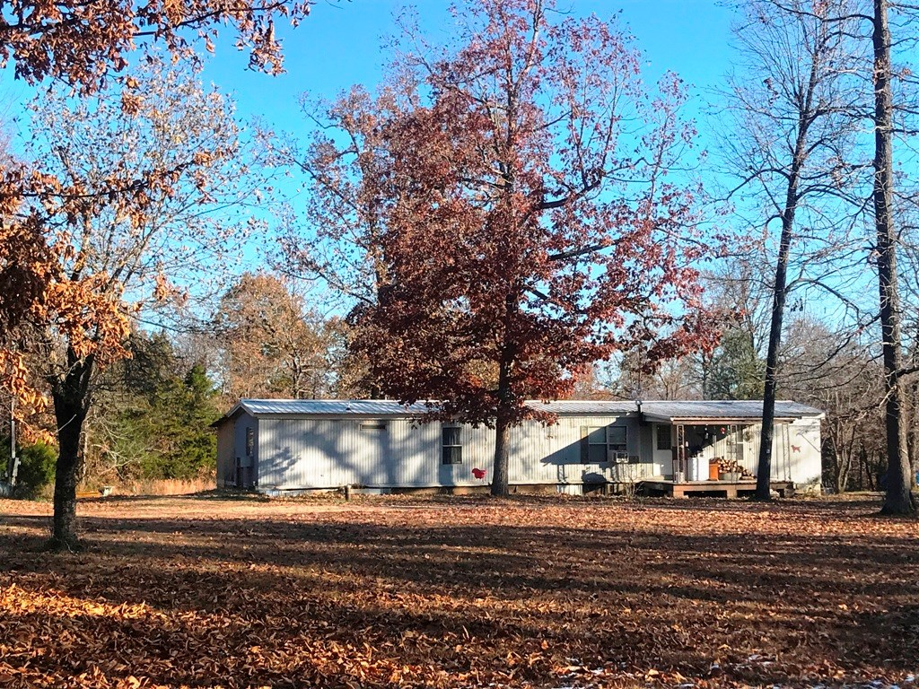 Country home in North Arkansas for sale