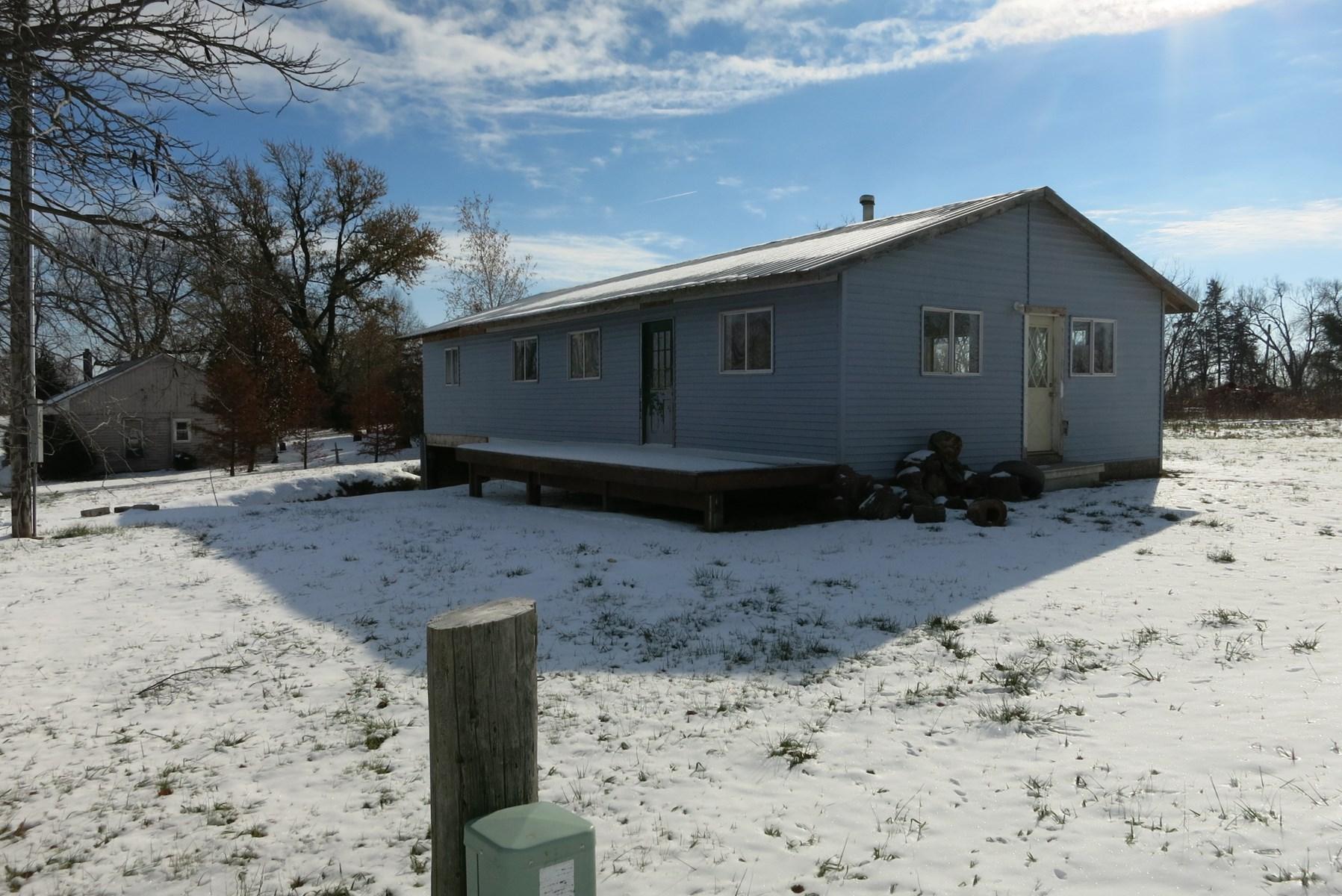 Home For Sale in Hatfield Missouri