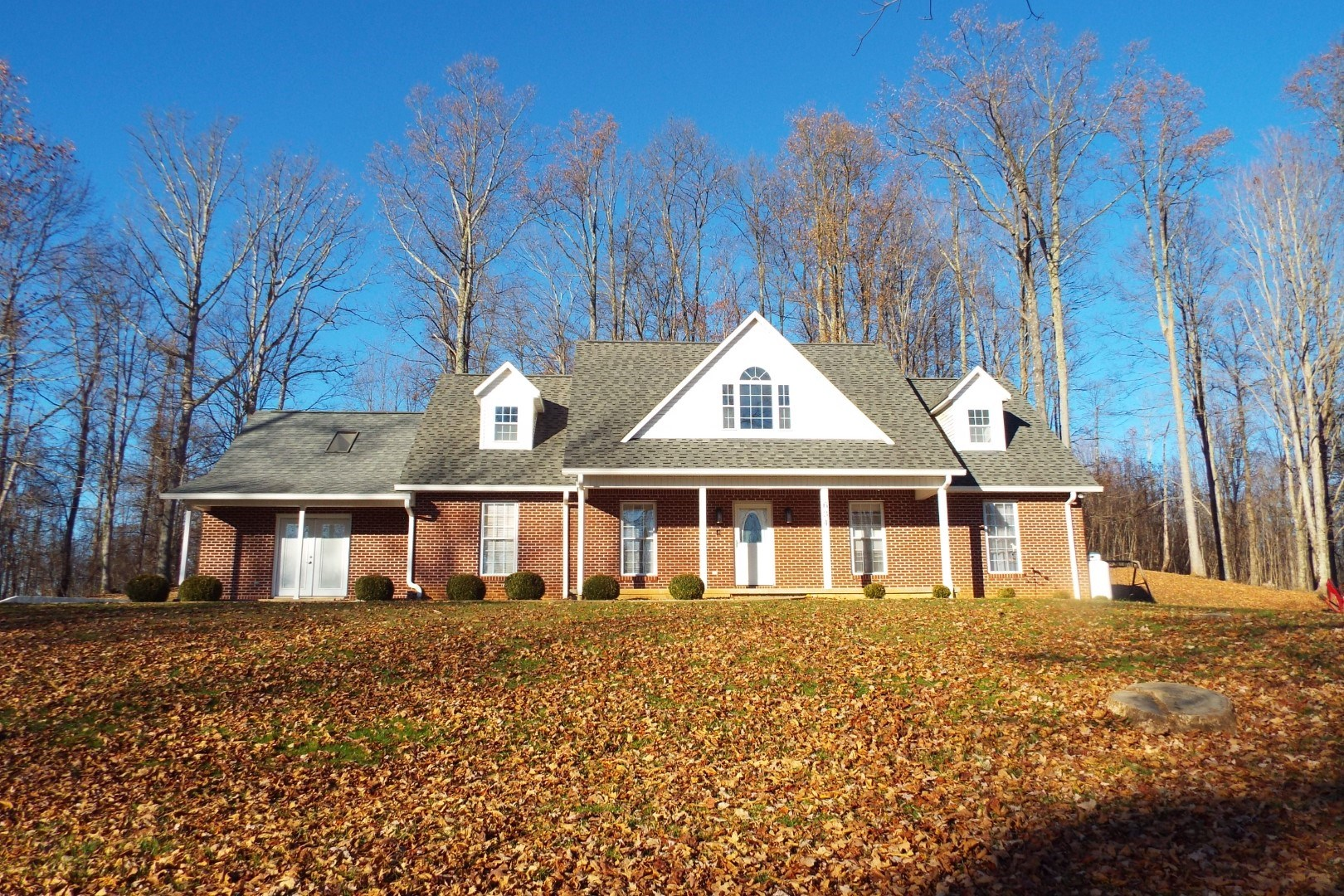 Spacious Private Home in Cedar Bluff, VA