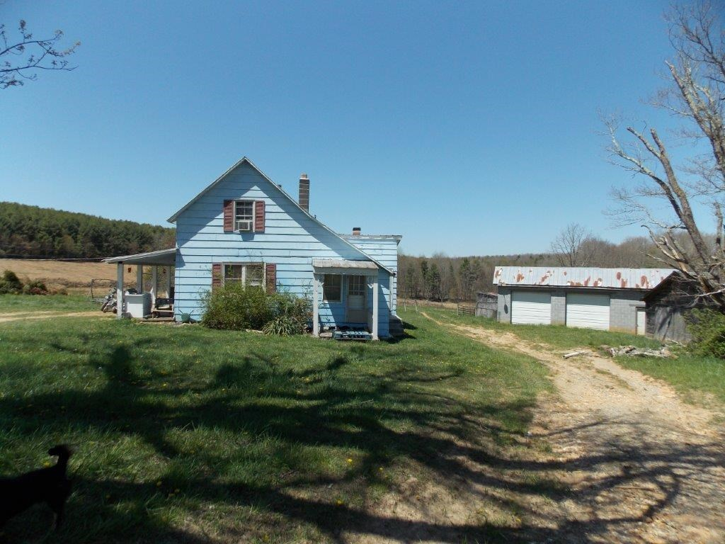 Land for Sale with Fixer Upper Farmhouse & Buildings in VA