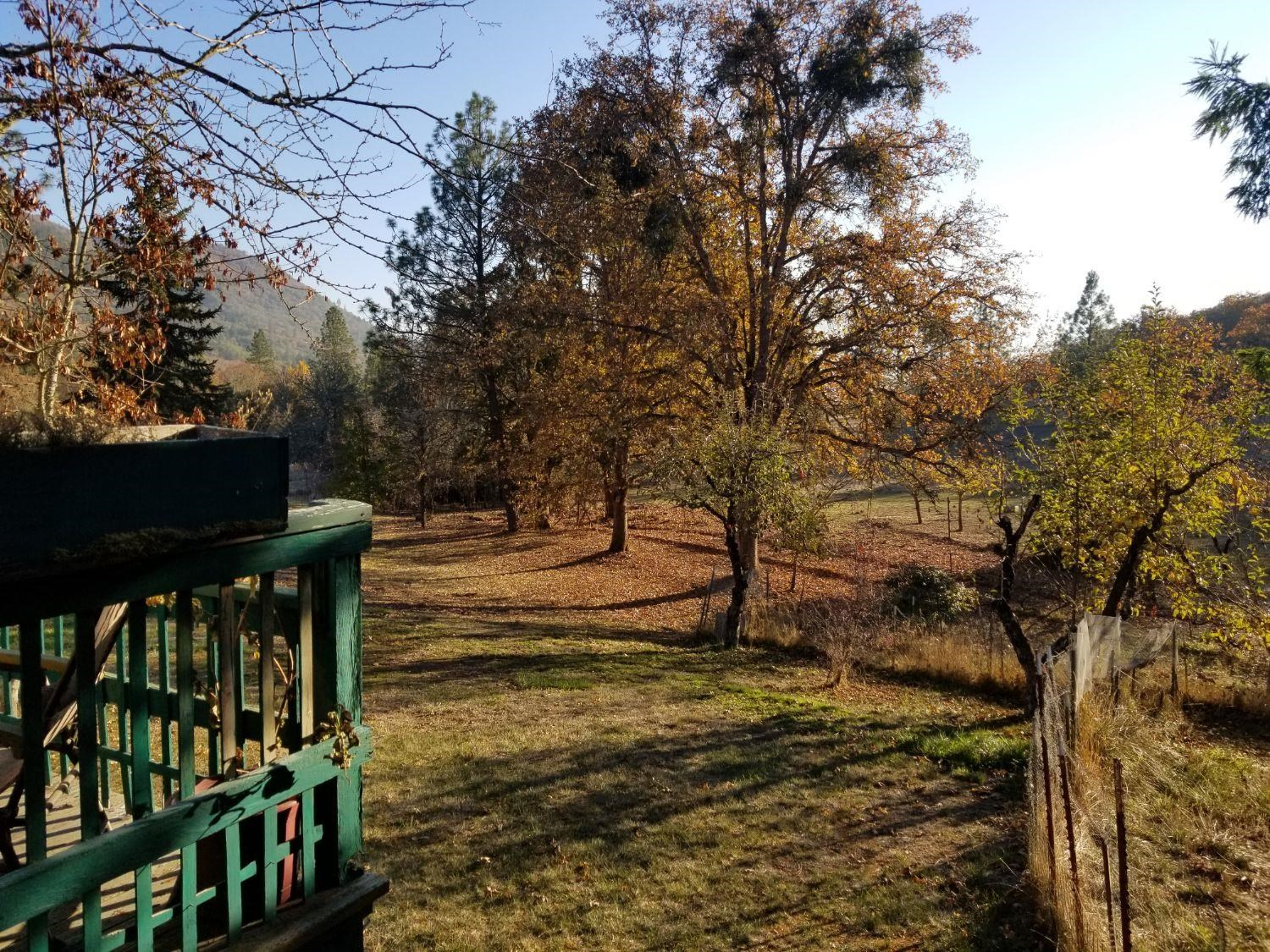 2.15 Acre Picture Perfect Property in Southern Oregon