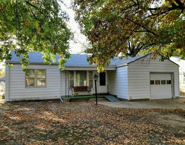 REAL ESTATE AUCTION~CHARMING 3 BEDROOM, WICHITA, KANSAS