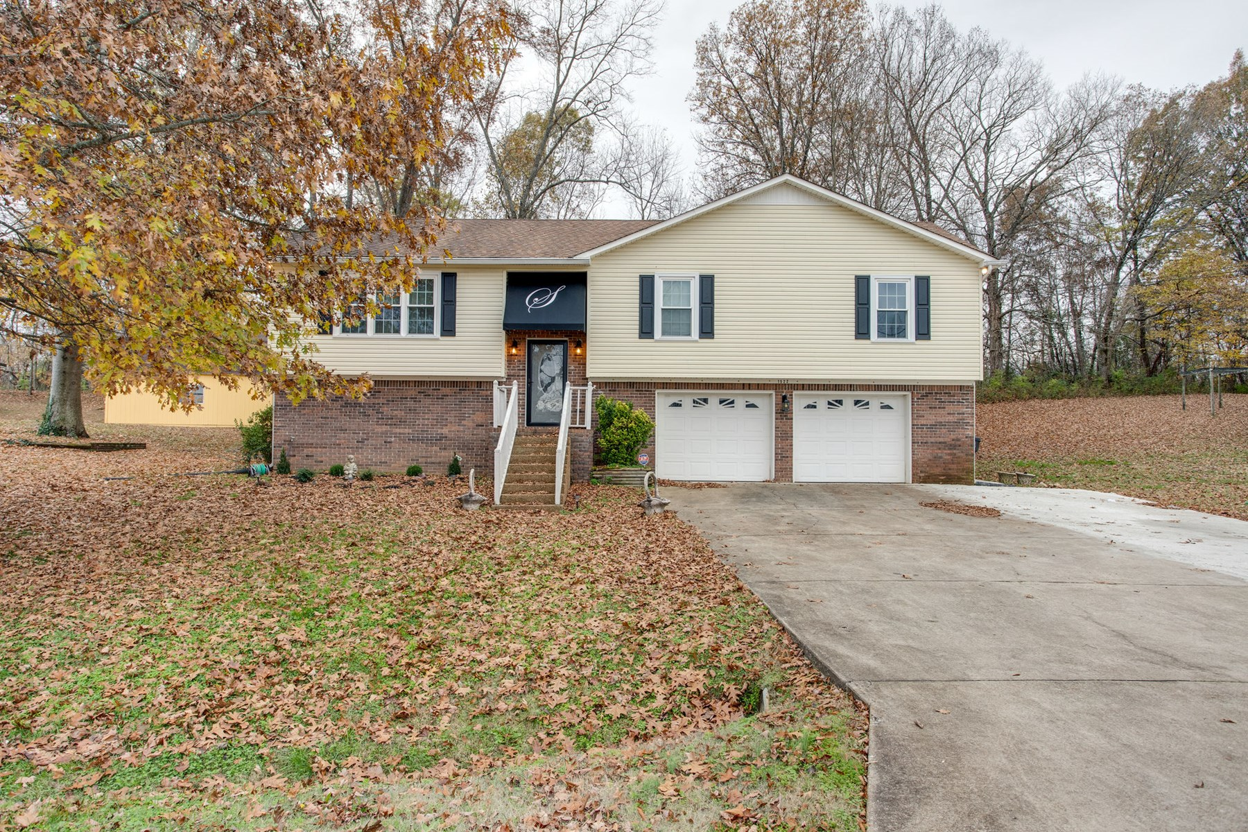 Columbia, Tennessee Maury County Home close to Town for Sale