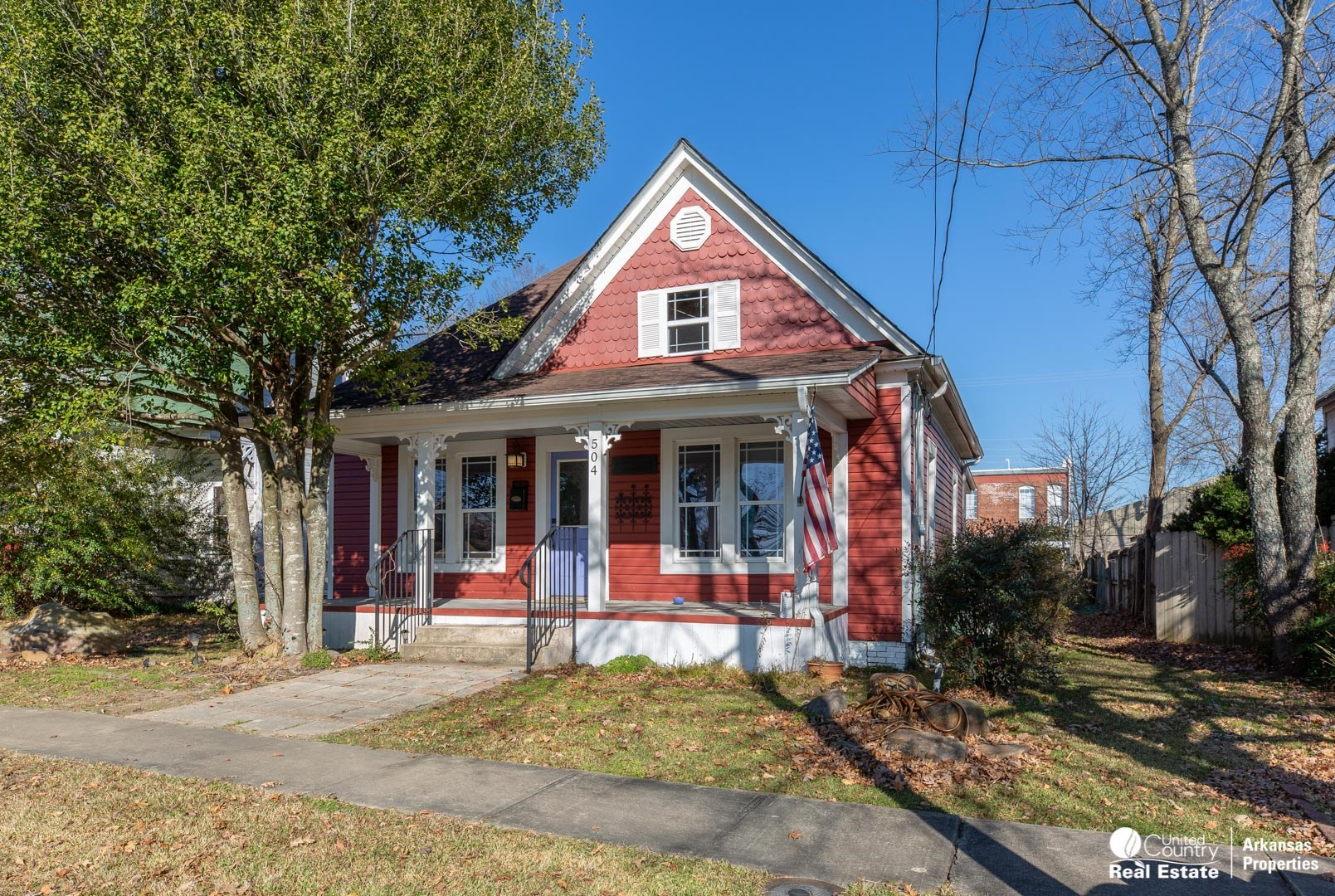 Restored Victorian Cottage by Janssen Park in Mena, Arkansas