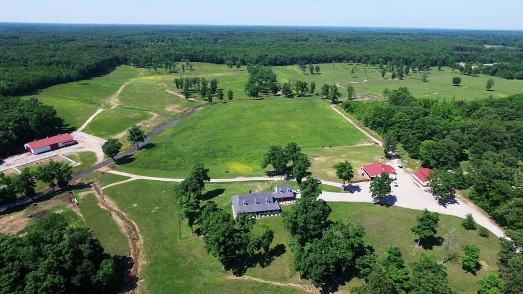 Luxurious 5 Bedroom Custom Home on 80 Acres