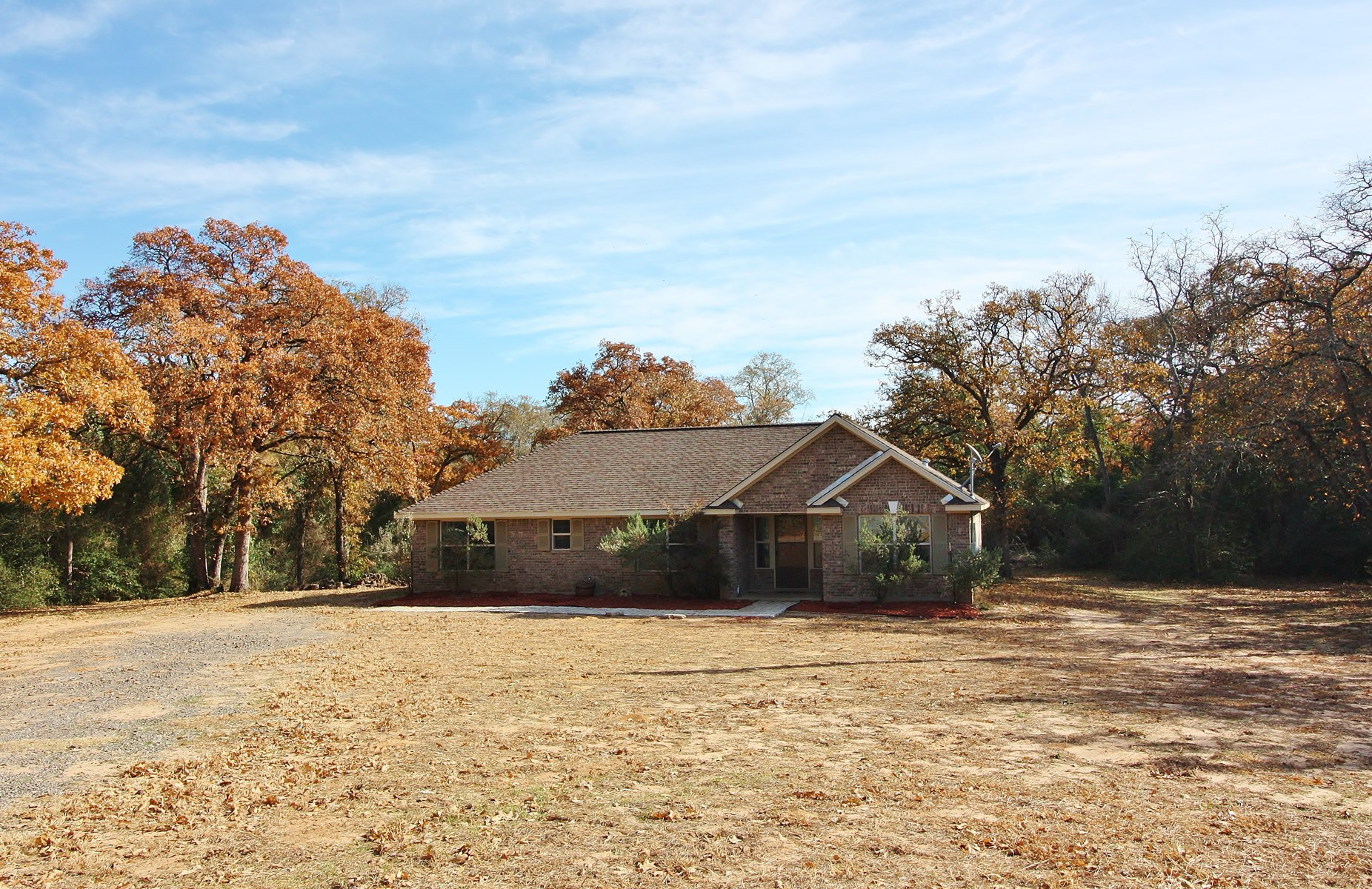 Beautiful Home on Acreage For Sale in Leon County, TX