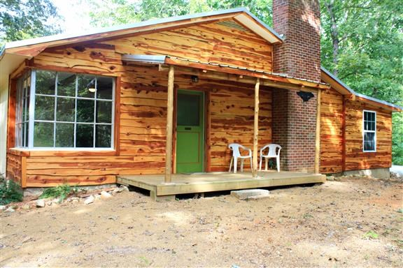 3 BR 2 BA Newly Remodeled Country Home on 4.8 Acres