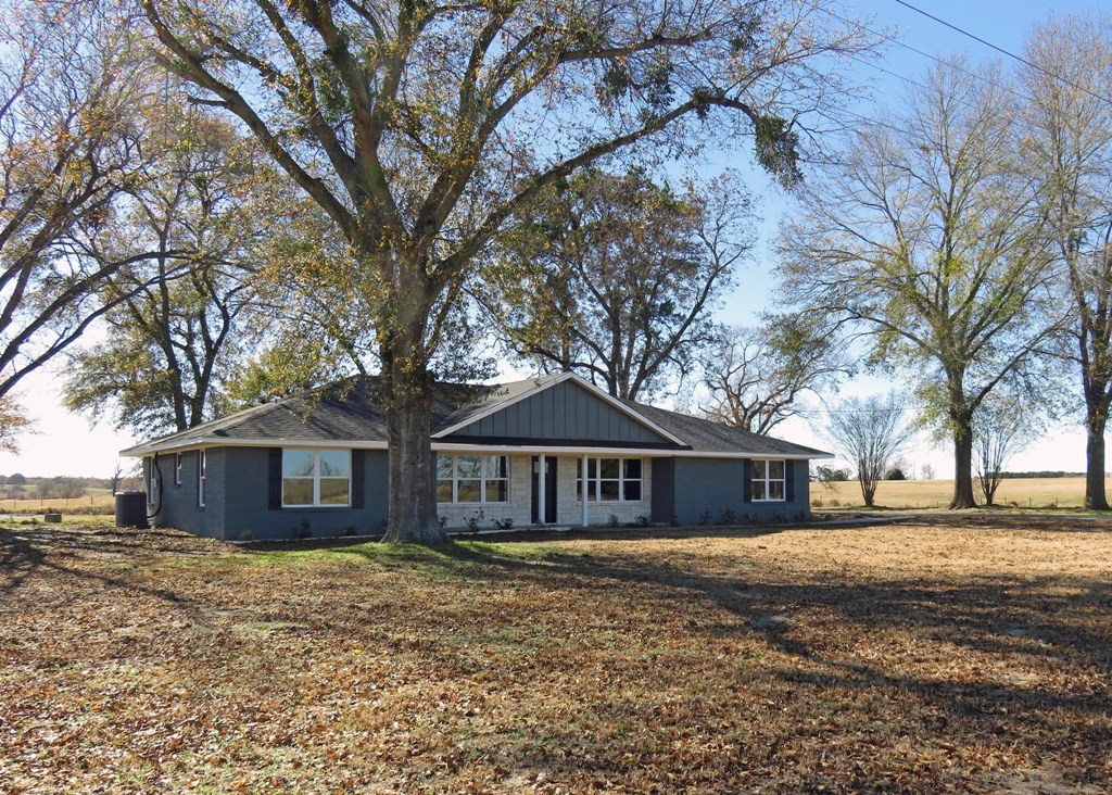 COUNTRY HOME FOR SALE EAST TX | SMALL RURAL ACREAGE