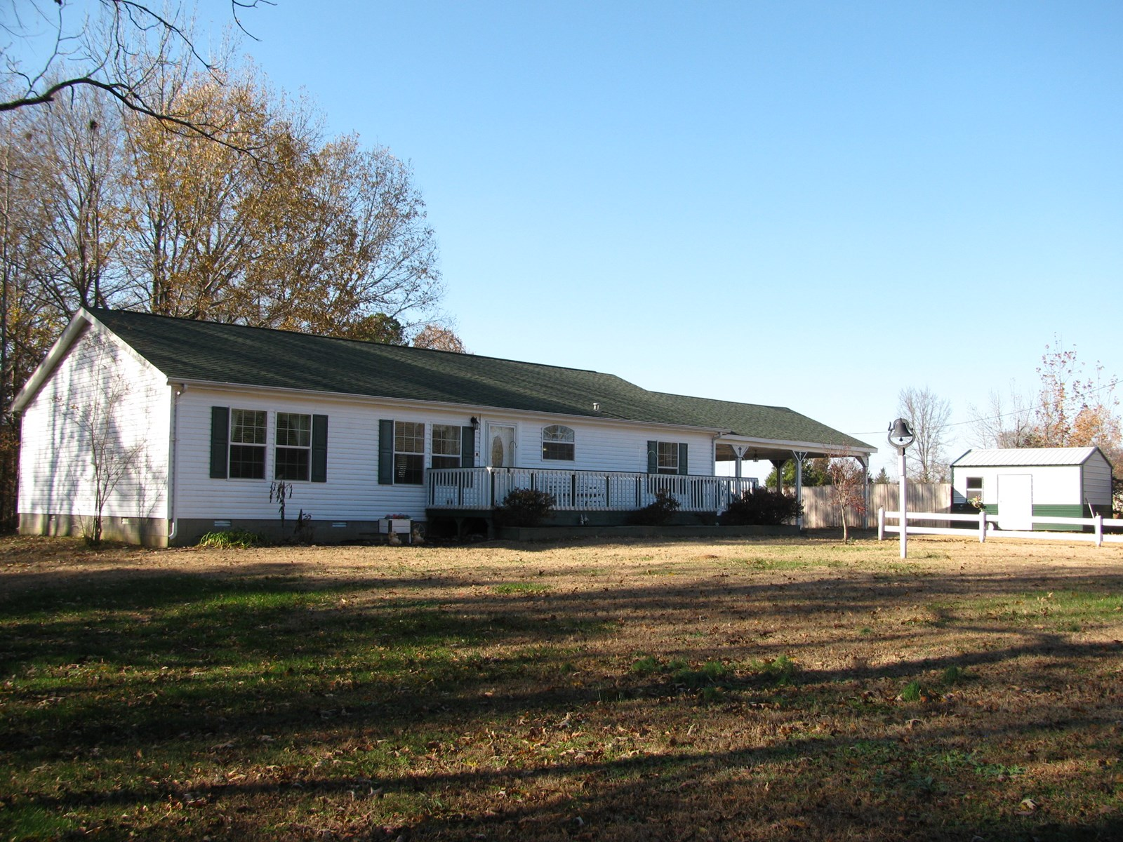 3BR COUNTRY HOME ON ACREAGE IN TN WITH SHOPS, MINI FARM
