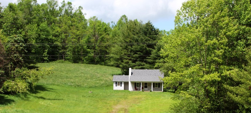 HOUSE WITH 12.55 ACRES LOCATED IN PATRICK COUNTY, VIRGINIA