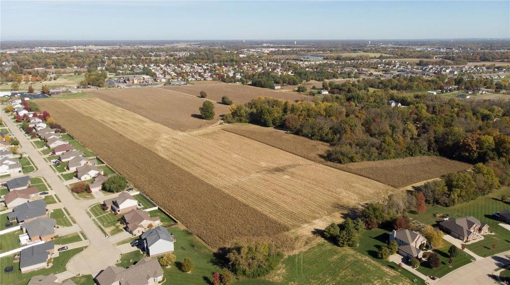 DEVELOPMENT LAND FOR SALE IN FAIRVIEW HEIGHTS, ILLINOIS