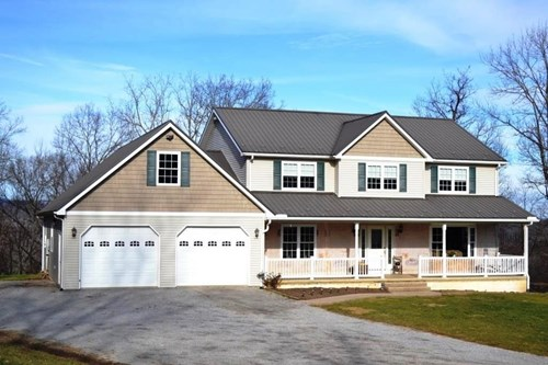 Large family house on 20+ acres near Wytheville, VA