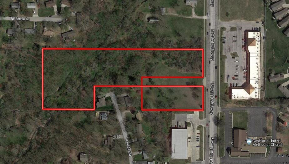N. Oak Trafficway Development Land at Online Only Absolute Auction
