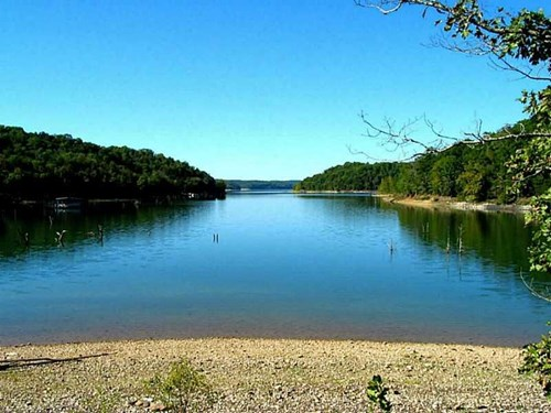 Lakefront Beaver Lake property with docks!  Build here!