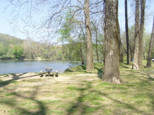 RV FRIENDLY OWNER FINANCED WHITE RIVER FRONTAGE IN ARKANSAS
