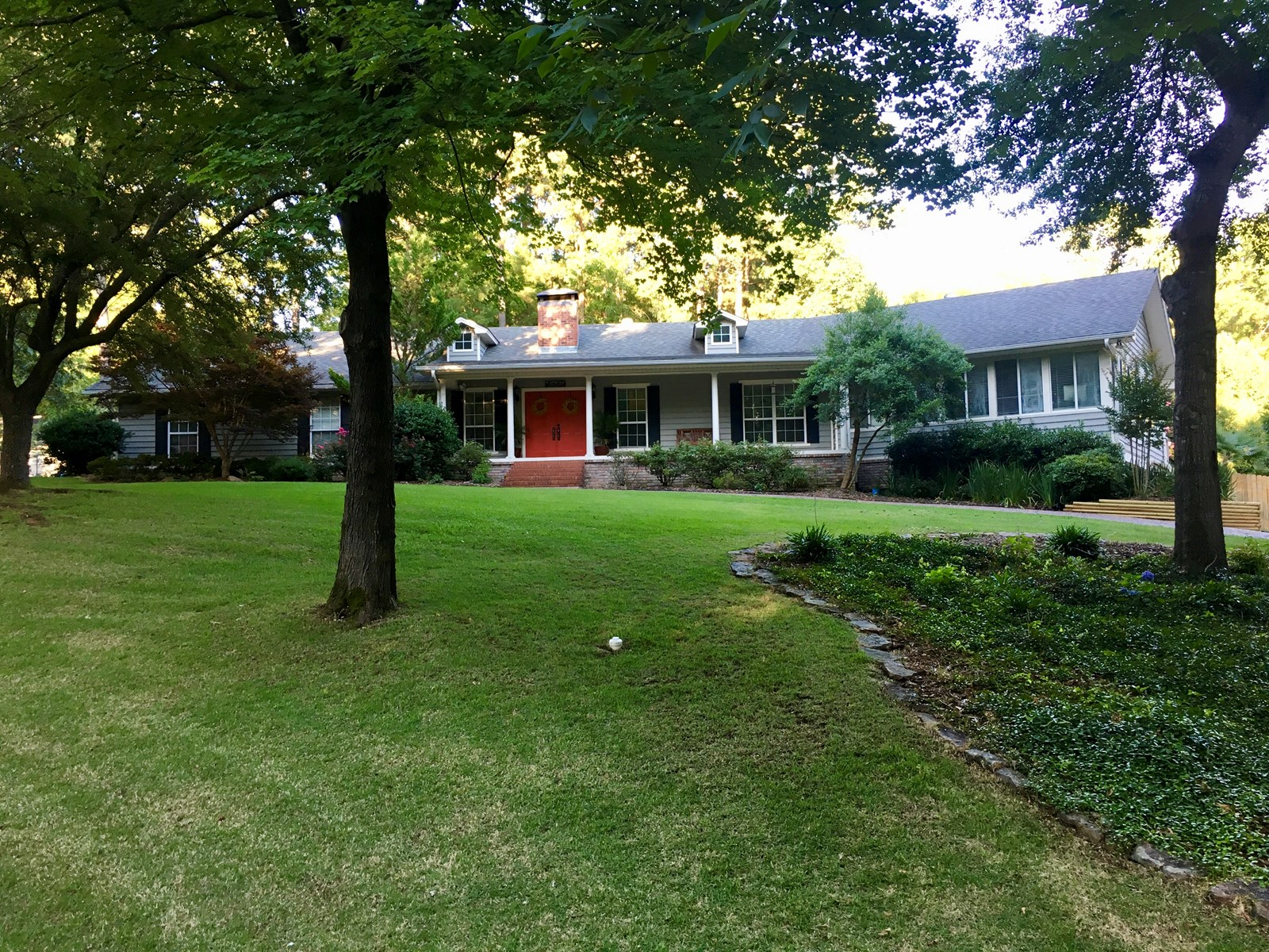 Large Home with Pool for sale in Arkadelphia, Arkansas!