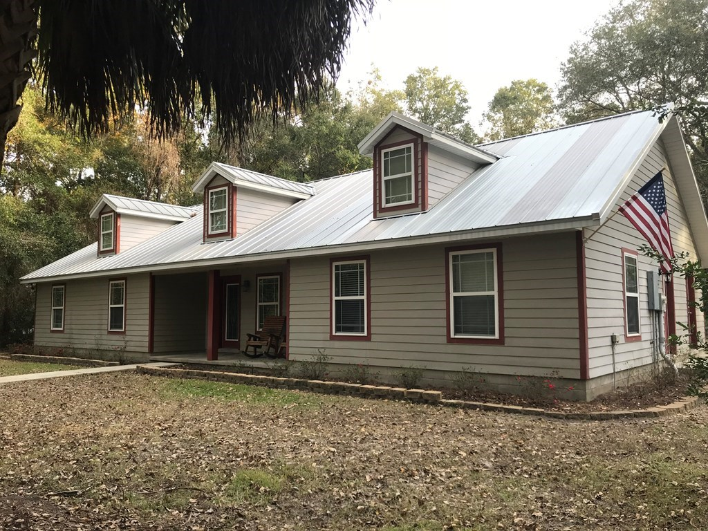 COUNTRY HOME FOR SALE CHIEFLAND, LEVY COUNTY, FLORIDA.