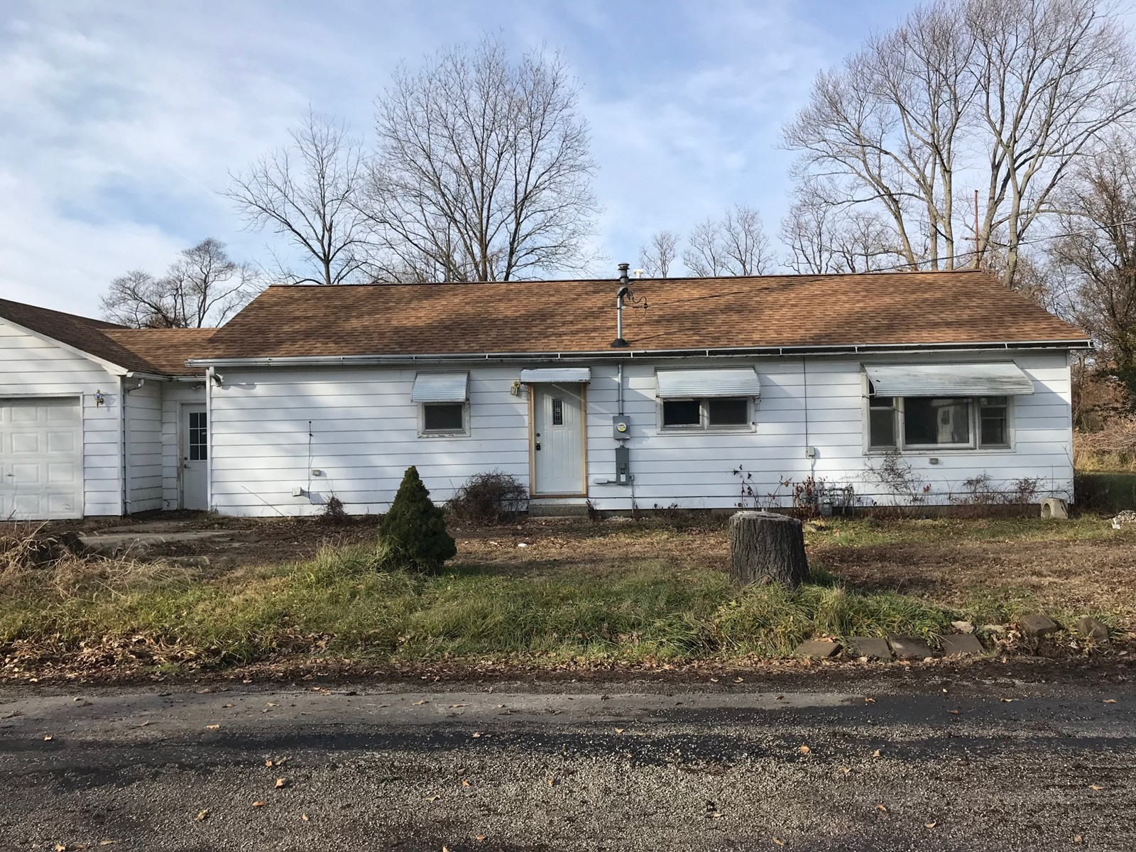 Remodeled, 3 Bedroom, 1.5 Bath, with 2 Car, Attached Garage