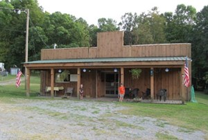 MULTI USE COMMERCIAL BUILDING FOR SALE IN TROUTDALE, VA