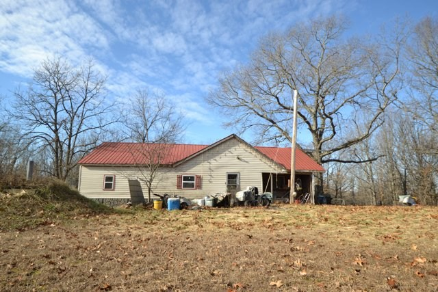 Country Home with Acreage - Norwood, Missouri