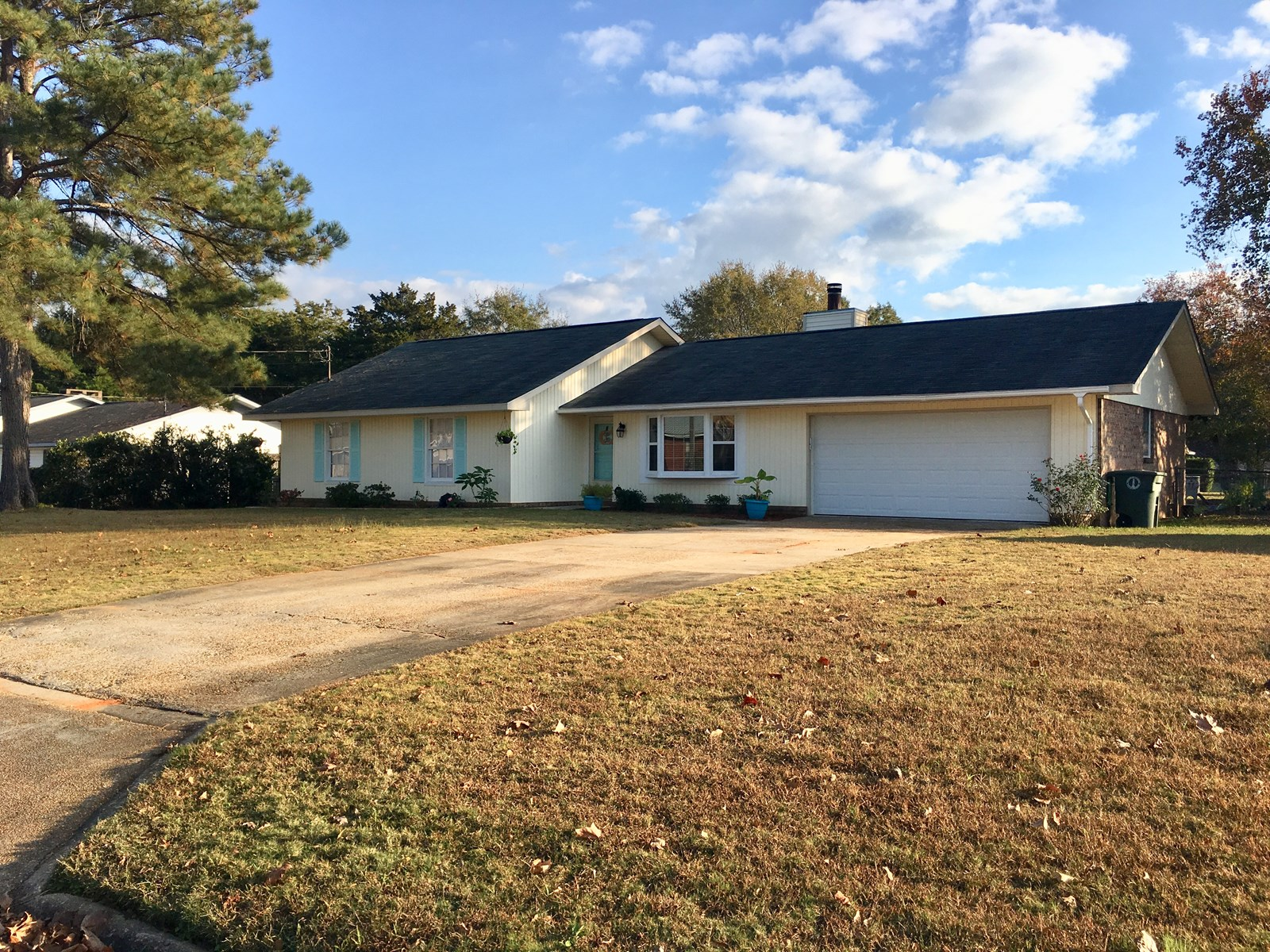 BEAUTIFUL UPDATED HOME FOR SALE ENTERPRISE, ALABAMA