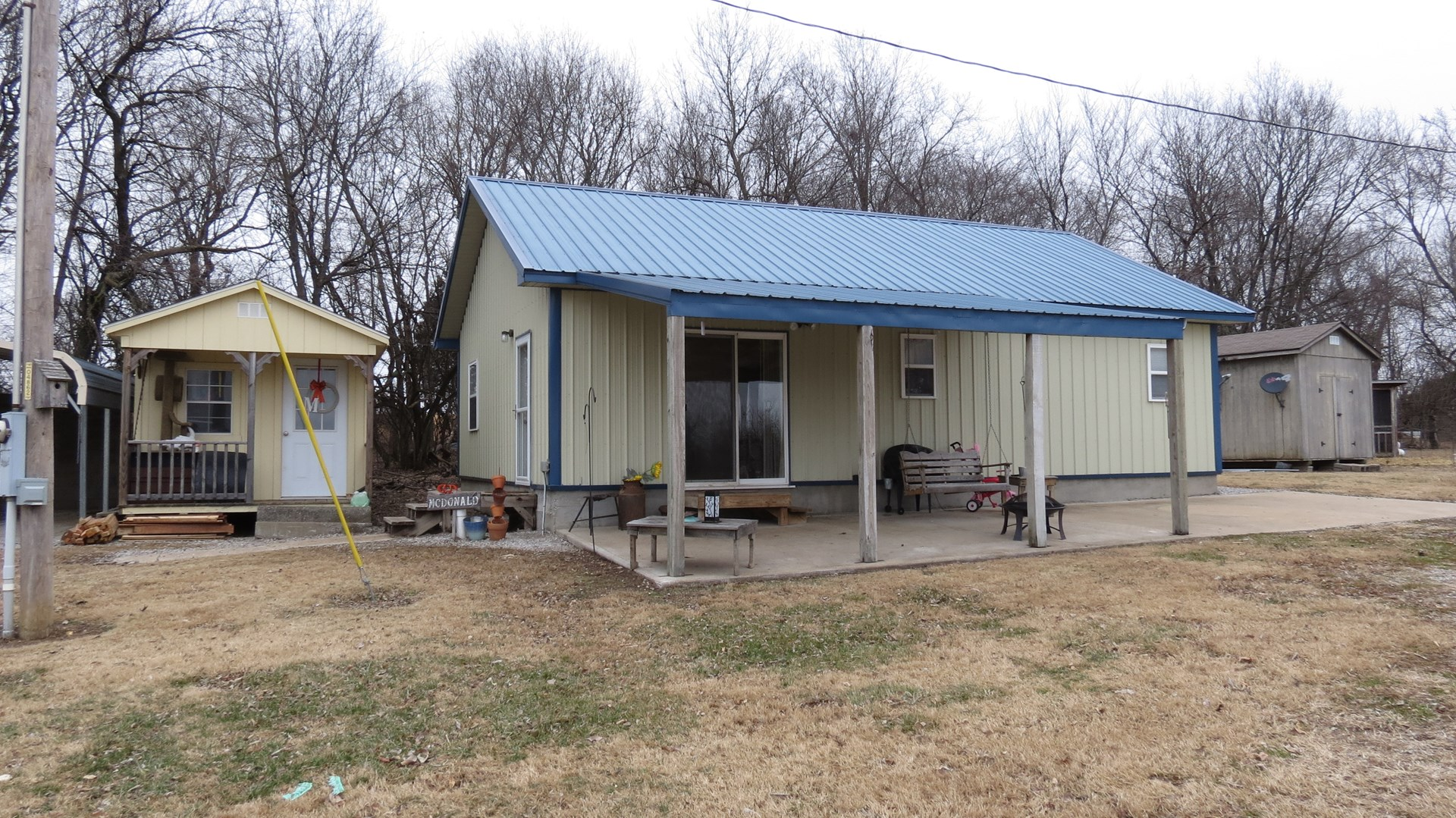 18 Acres and Country Home For Sale In Golden City, MO.