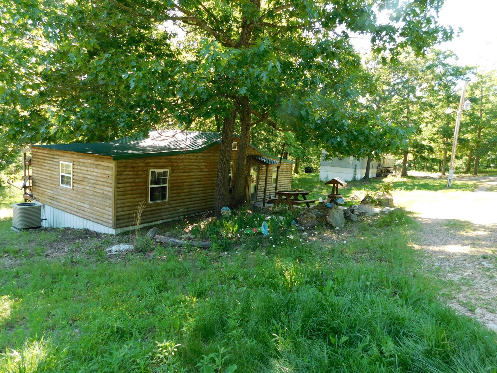 Cabin and Land for Sale in Mansfield,  Southern Missouri