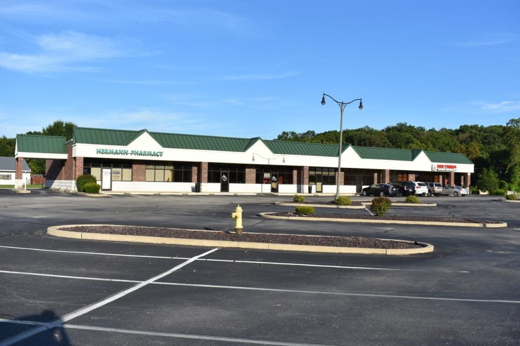 Retail Shopping Center in Hermann MO for Sale or Lease