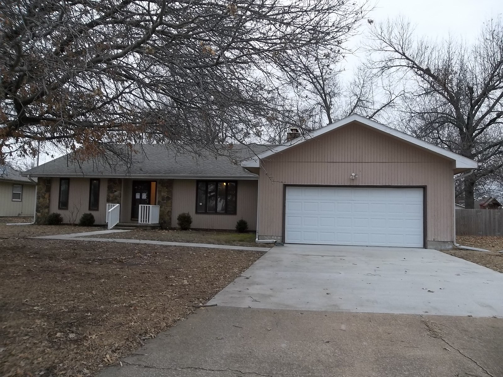 Home for Sale in Parsons Kansas