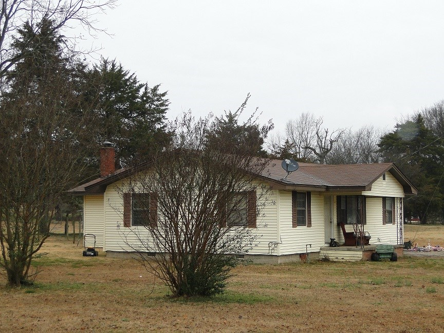 HOME FOR SALE IN CAVE CITY ARKANSAS