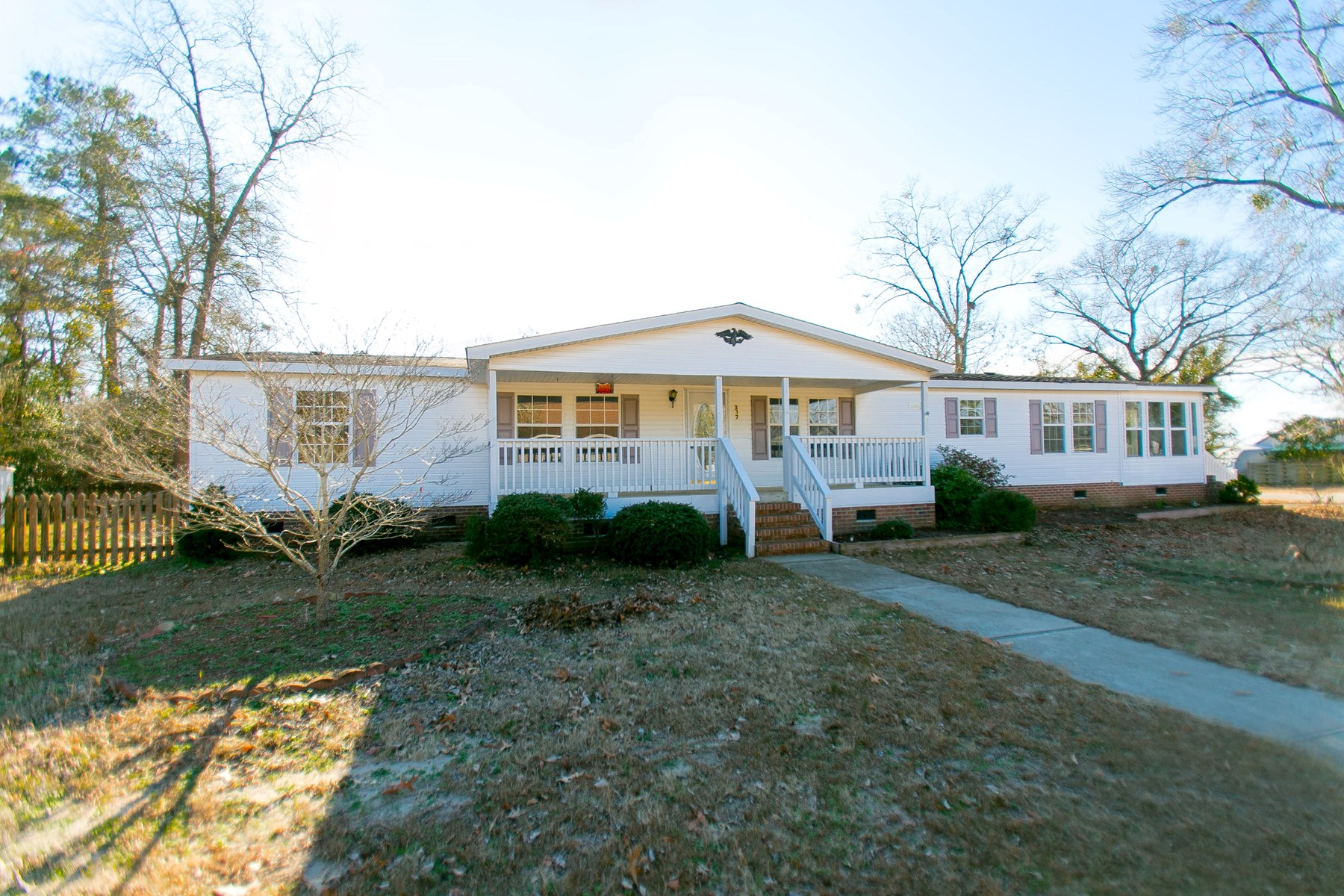 CHOWAN COUNTY WATER ACCESS HOME-RECENTLY REMODELED