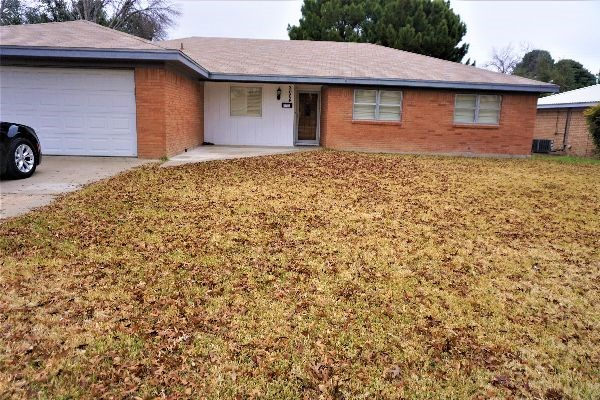 For Sale 3 Bedroom 2 Bath  Brick Home Fort Stockton, TEXAS