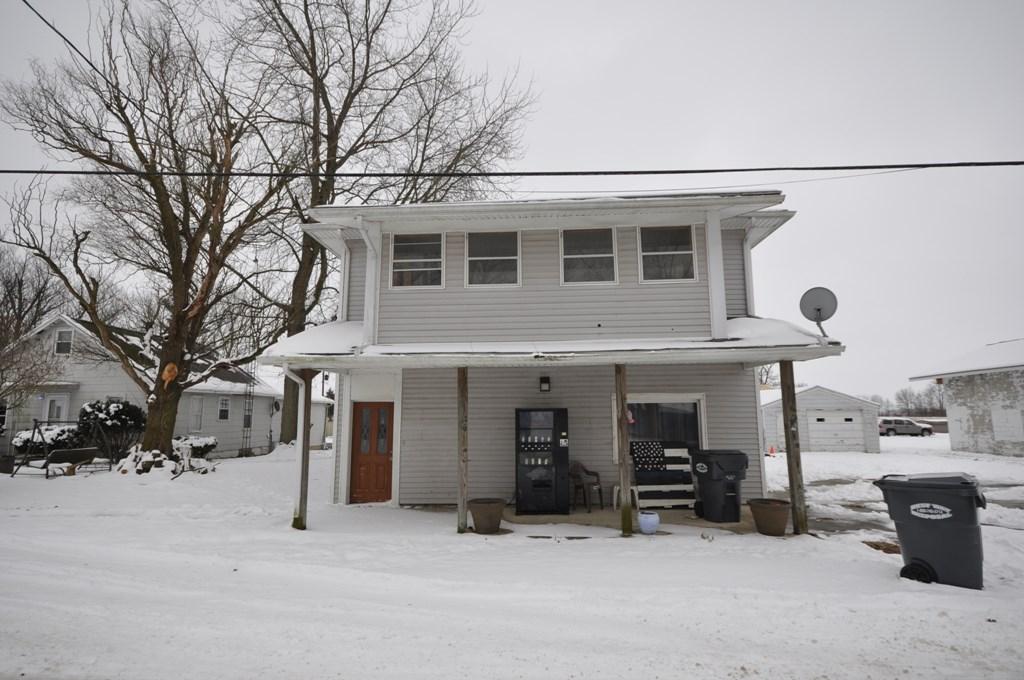 Duplex for Sale Parker City, Indiana