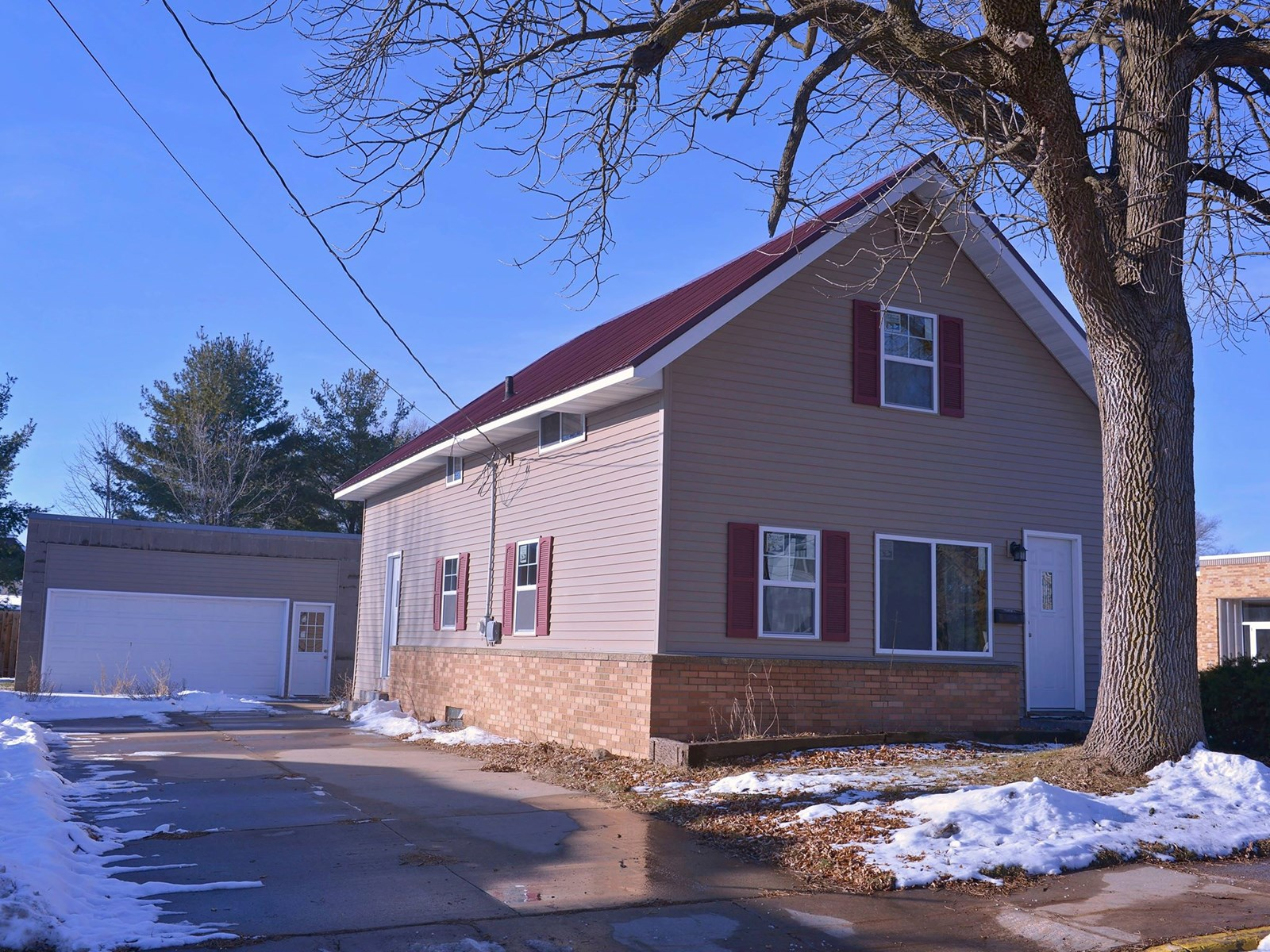 Home for Sale in Clintonville, WI
